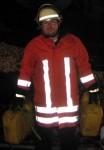 Er löscht den Brand: Gunnar am Schaummittelbehälter